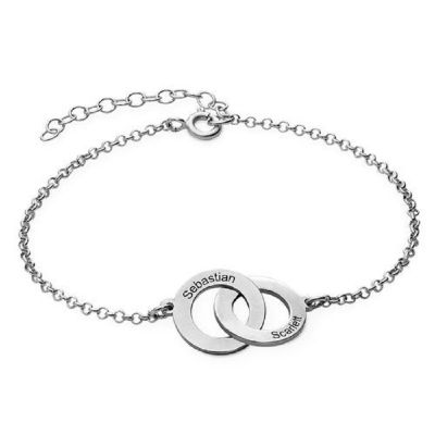 Interlocking Circles Bracelet with Engraving